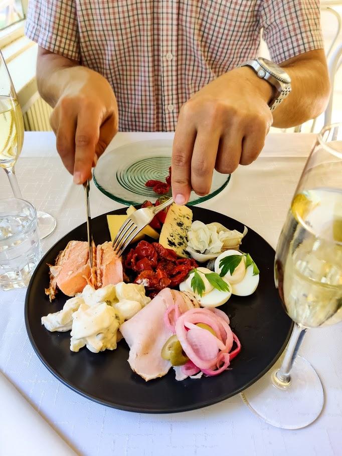 Viikinsaaren ravintola kokemuksia